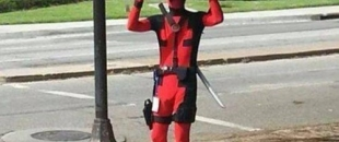 Deadpool Trolling Comic-Con is Comedy Gold (GIF Collection)
