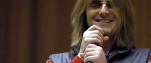 Mitch Hedberg – Donut Receipts and Candy Bars (Video)